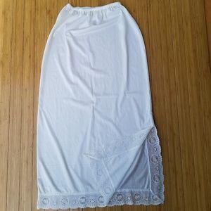 Cream Lace Trimmed Side Slit Midi Half Slip